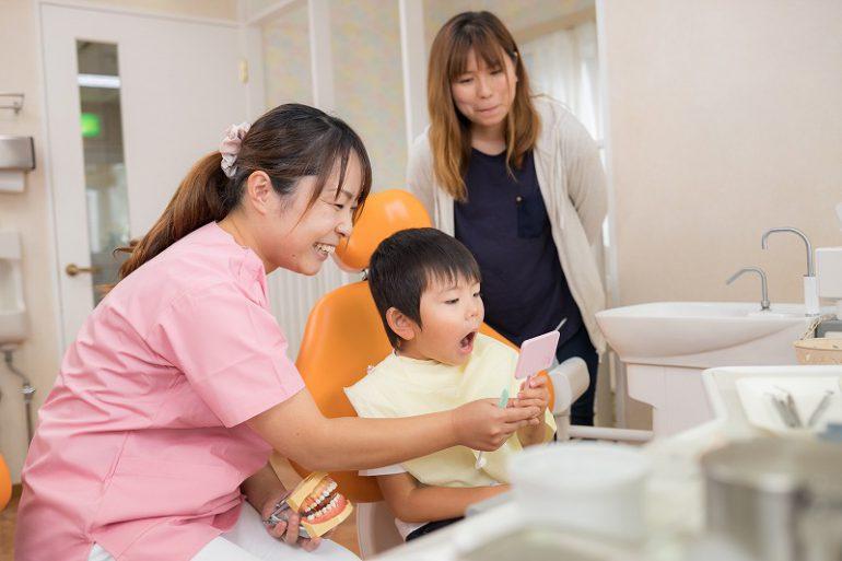 子供の頃から矯正治療を始めるメリット